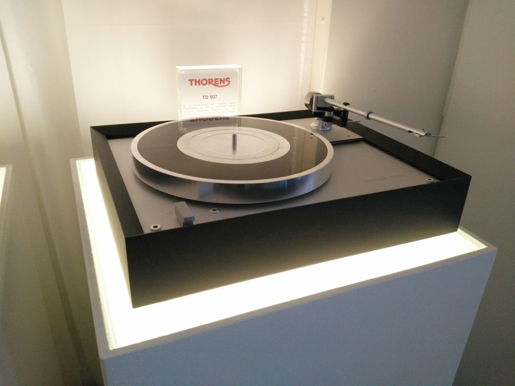 Thorens TD907