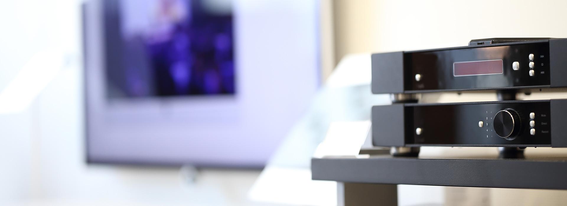 sound@home - Verstärker und CD-Player in der Ausstellung