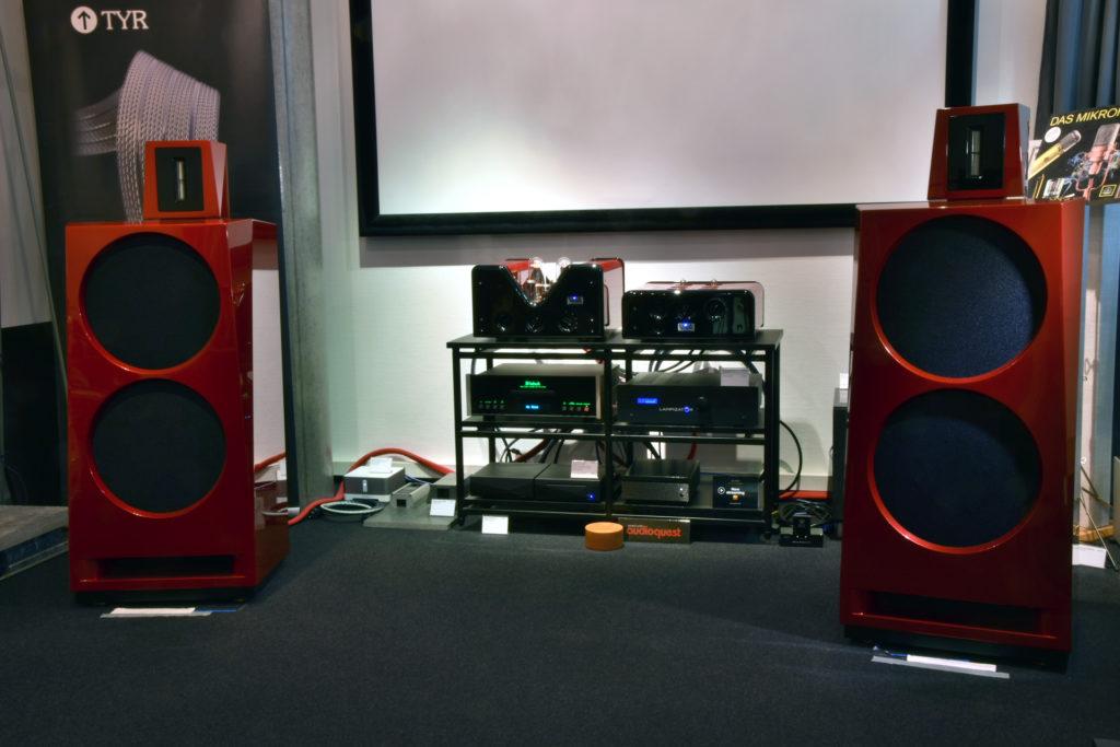 Viva Audio Allegro, Solistino und L1 in Weihnachtsrot